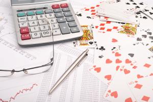 Pokerimenestyksen tutkiminen